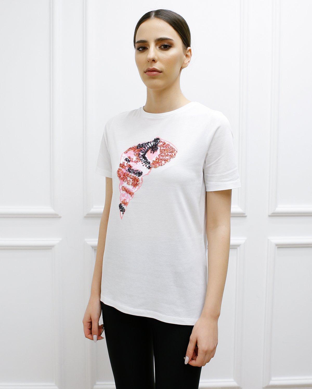 Önü Pul Payet İşlemeli Tişört