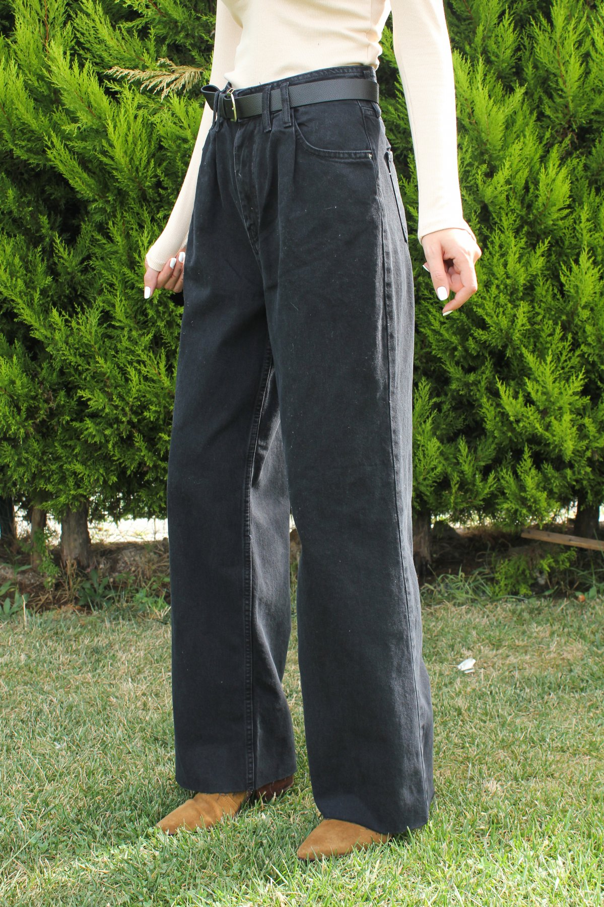 Çift Pileli Kemerli Pantolon
