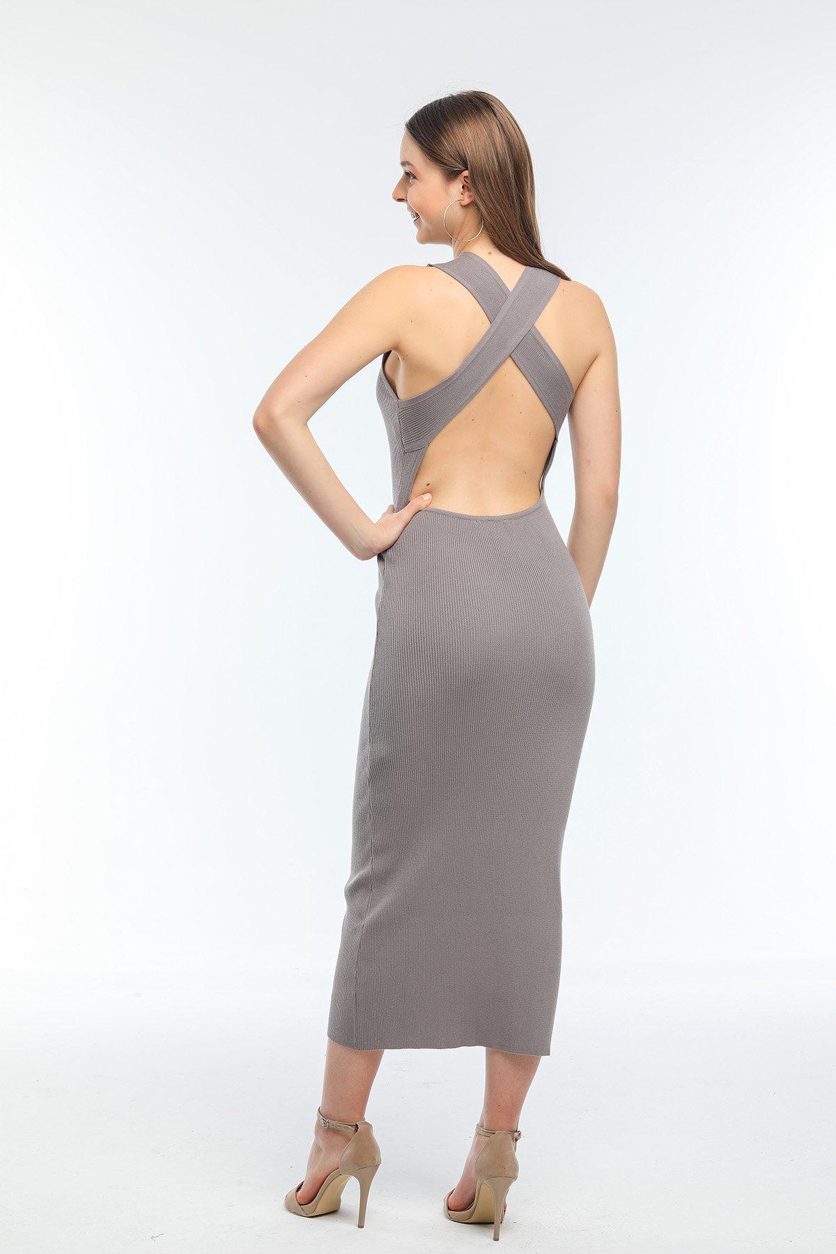 Arkası Çapraz Askılı Elbise