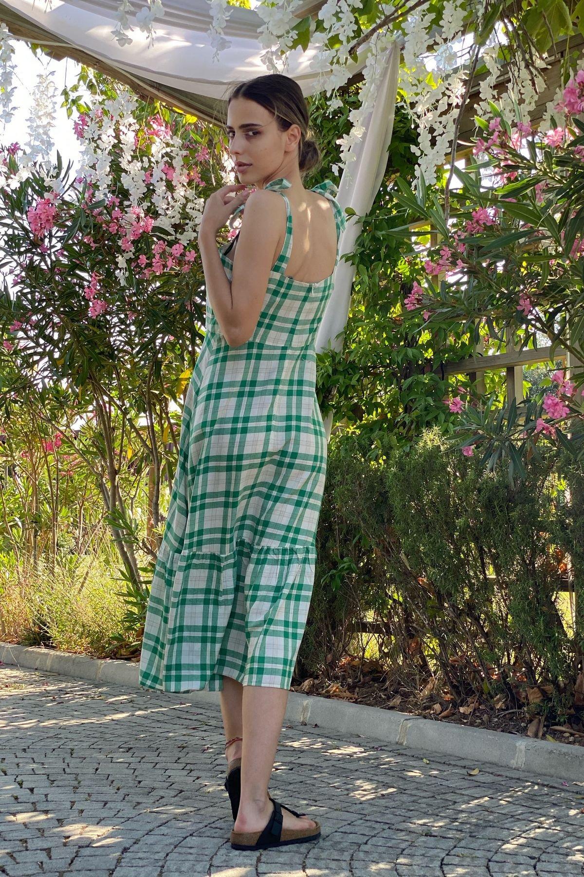 Kare Desenli Kat Kat Askılı Elbise